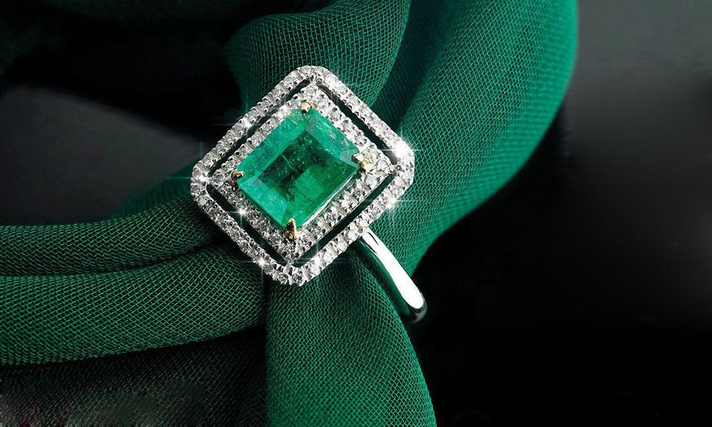 Emerald-Panna